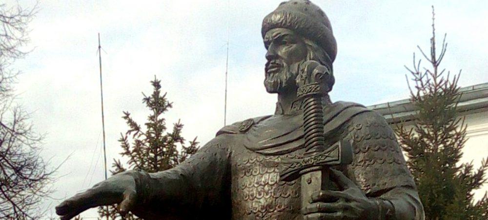 Экскурсия по местам боевой славы казалось бы тихого тылового городка Кострома ратная